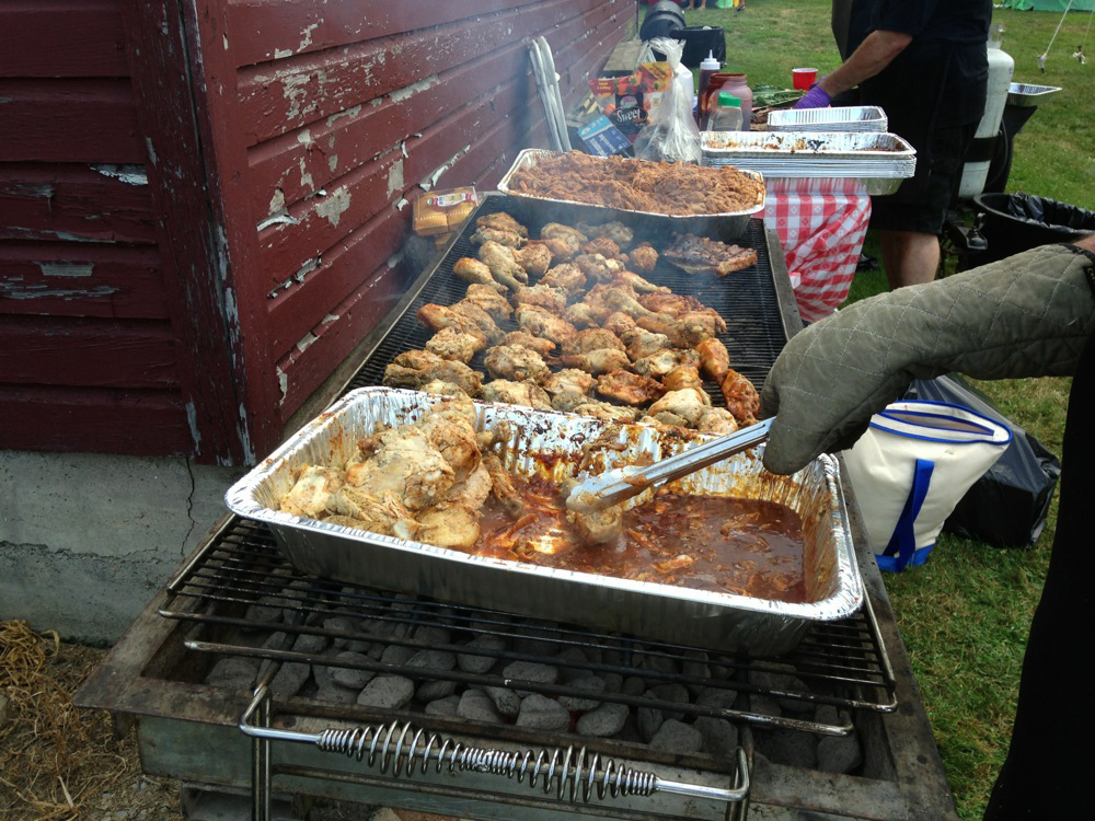 The Q-Crew BBQ Catering Company Rocks Out With Thier Hog Out! (3/6)