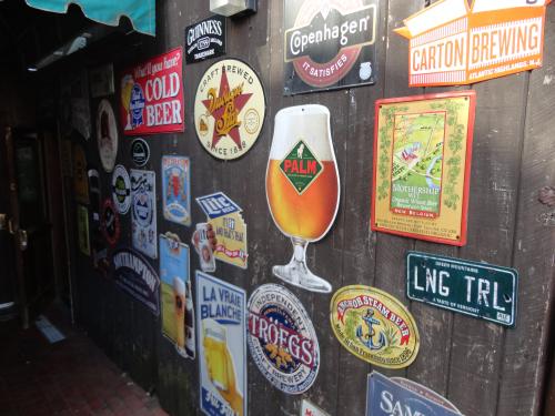 Cloverleaf Tavern